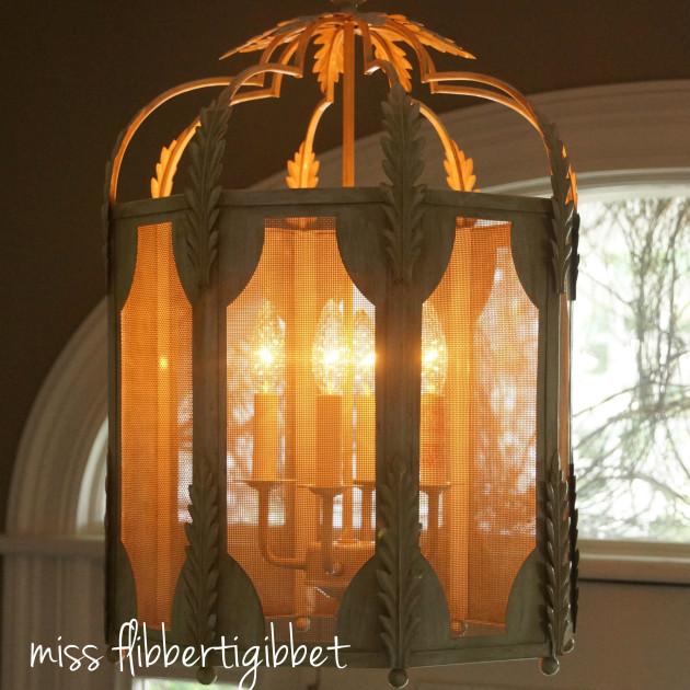 chandelier-foyer-2