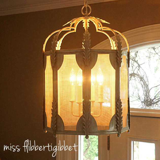 chandelier-foyer-3