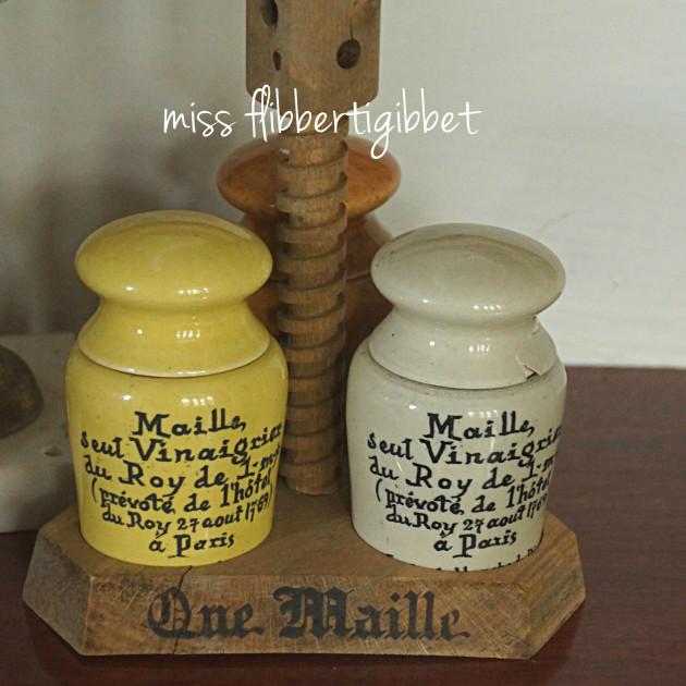 maille-mustard-holder