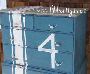 Milk Paint: Beachy Nautical Chest