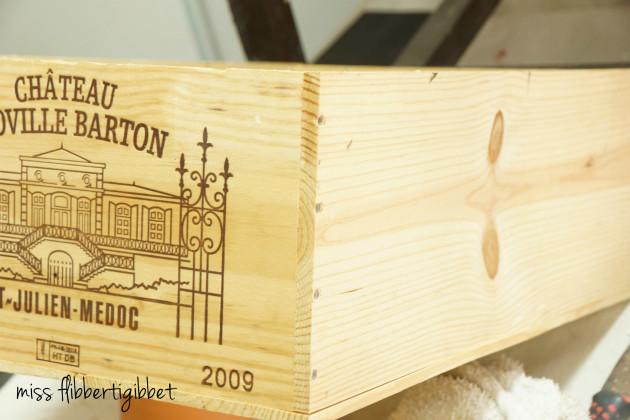 milk-paint-wine-crate-2